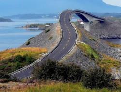 नर्वेको रोमाचंक रोड