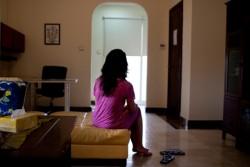 वैदेशिक रोजगारीबाट फर्केकी महिलाको पीडा– न पैसा बँच्यो, न श्रीमान् आफ्ना