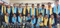 यु -१९ क्रिकेट टोली स्वेदश फर्कने क्रममा शुक्रवार त्रिभुवन अन्तराष्ट्रिय विमानस्थलमा