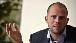 गैरकानूनी रूपमा थुनिएकालाई डेढ वर्षसम्म थुन्न सकिने कानून बनाउने बेल्जियन मन्त्रीको प्रस्ताव