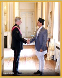 राजदूत थापाद्वारा बेल्जियमका राजा समक्ष ओहोदाको प्रमाणपत्र पेश