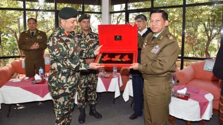Burma-army-chief-in-nepal